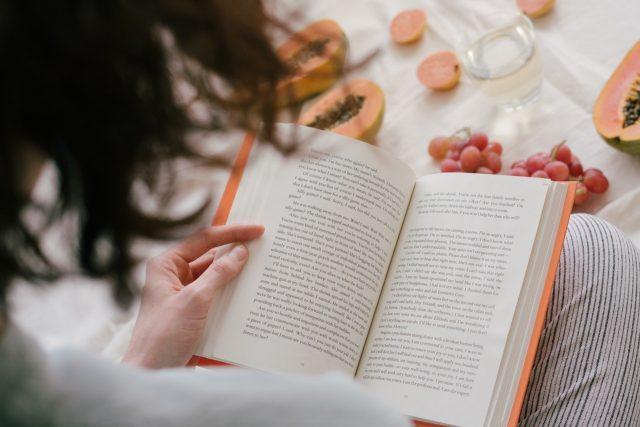 Hogyan lehet a gyerekeket rávenni, hogy olvassanak?
